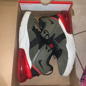Nike Air Force 270 - olive and red  size 9